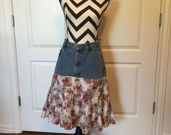 FLIRTY SKIRTY with ROSES motif