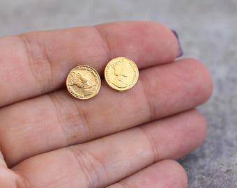 Gold Coin Earrings , Gold Earrings , Tiny Studs , Gold Coin Studs , Gold Studs , Tiny Earrings , Everyday Earrings , Bridesmaid Gift
