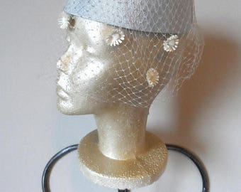 55% OFF Vintage 1950's Silver Gray Halo Hat* Netting . Faux Daisies . Formal . Party . Prom . Wedding . Mother of Bride . Church .