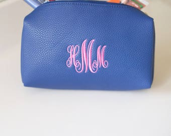 Monogram Make Up Bag | Cosmetic Bag | Travel Case | Vegan Leather | Personalized Gift for Her | Bridesmaid Gift | Stocking Stuffer | Macon