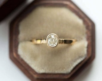Shop for Vintage Engagement Rings on Etsy
