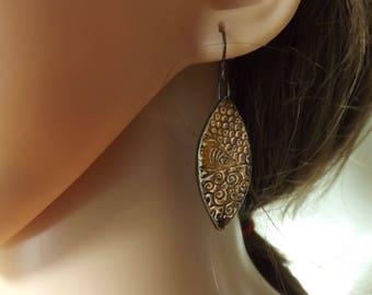 Brown ceramic earrings, brown earrings, drop earrings, ceramic earrings, patterned ceramic earrings, ceramic jewellery, autumn earrings,