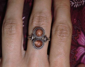 Sterling Ring with Sonnensteinen vintage ethnic 925 sterling silver