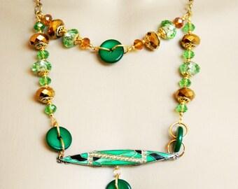 art deco necklace, necklace 1930 necklace 1930 art deco green-lined ART DECO
