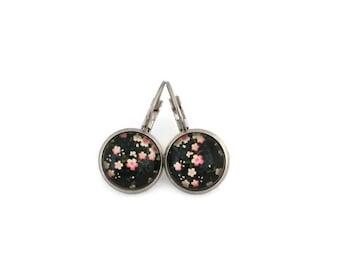 Sleepers cabochons - stem stainless steel - glass 12 mm - pink earring - flowers - hypoallergenic / Flowers earrings