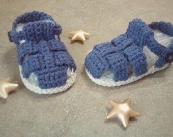 Sandaletti bimbo a uncinetto, Crochet baby sandals,crochet baby shoes,baby footwear,crochet,uncinetto,baby shower,newborn shoes