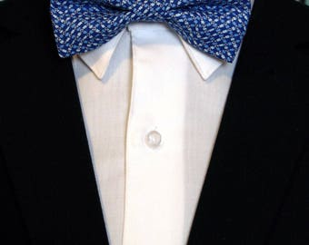 Blue Bow Tie – Blue Contemporary Mens or Boys Bow Tie great for Wedding, Prom or Everyday Use.