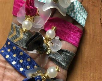 Elastic Bracelet with Acrylic Sliding Pieces
