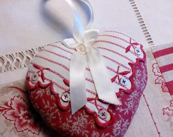 Heart cushion in cotton and old door