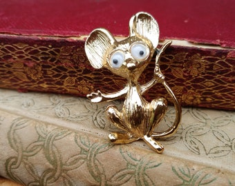 Google Eye Mouse Brooch // Vintage Mouse Pin // Mouse Jewelry // Mother's Day Gift // Mouse Lover Gift // Hat, Scarf or Purse Pin