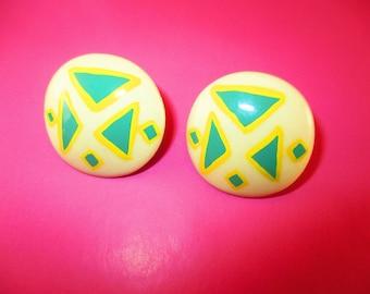 80s Triangle Pattern Earrings
