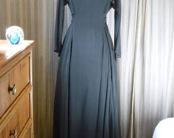 Vintage Morgane Le Fay Couture Silk Gown Floor Length Dark Green Perfect Dress for Elegant Christmas Holiday Parties
