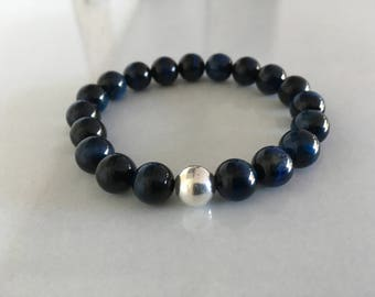 Man, blue tiger eye bracelet