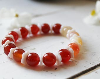 Gemstone Bracelet-Red agate and mother of pearl