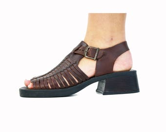 Size 9: 90's Huarache Woman's Dark Brown Vintage Sandal