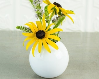 Miniature White Ceramic Round Bud Vase, Modern Ceramic Home Desk Decor minimal wheel thrown pottery Minimalist Housewarming Gift Dorm Decor