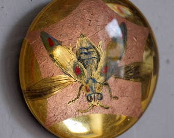 JEWEL BEETLE - verre eglomise / gilded / 22k / genuine gold / gold leaf / insect / art / painting / cabochon / dome / miniature / copper