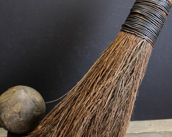 Vintage Straw Hearth Broom // Bamboo Handle // Wire Wrapped Straw