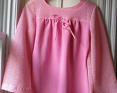 Vintage Brady Bunch tunic blouse with bell sleeves / 1960s/70s pink polyester and lace top / Pretty in Pink Retro / Size small to medium