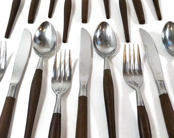 Ecko Eterna Stainless SIlverware Brown Handle Wood Composite Mid Century 18 Pieces Service for 6
