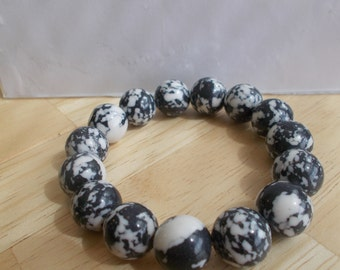 Black and White Turquoise Bead stretch Bracelet