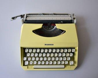 MERCEDES portable typewriter / yellow typewriter / vintage Italian typewriter 70s