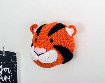 Crochet tiger, tiger head, stuffed tiger, animal mount, nursery decor, tiger decoration