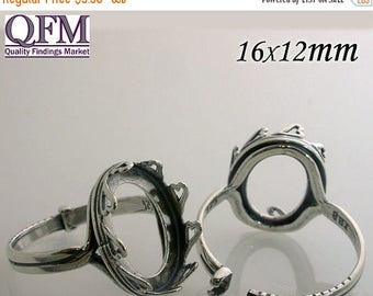 ON SALE 1 Pc/pk Adjustable locking Ring - Bezel Cup in Silver, Oval Shaped, Hearts style