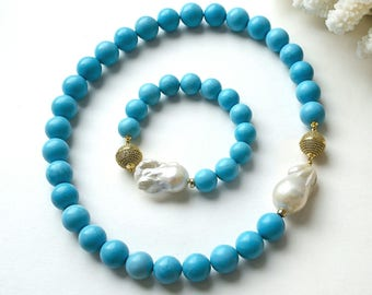 """Necklace and bracelet with baroque pearls and turquoise """"the Sun, the Sky, Clouds"""""""