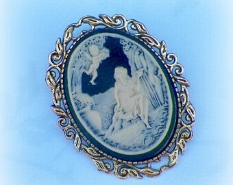 Angel Pin Brooch Cameo Victorian Lady Vintage Style Steampunk Antique  Gold Style