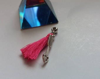 Hair jewel; small plus. Arrow.