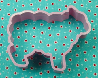 1984 Hallmark Lamb Shaper Orchid Purple Plastic Easter Spring Cookie Cutter