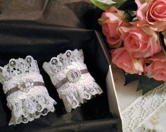 Duet of shabby chic and romantic napkin rings