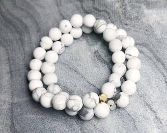 White Howlite Beaded Bracelet. White Marble Beaded Bracelet. Stone Bracelet. Stretch Bracelet. Stacking Bracelets.
