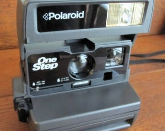Vintage Polaroid 600 One Step Flash Camera