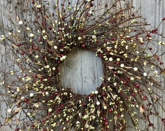 Christmas In July Sale Twig Wreath with Red and Green Pip Berries, Pip Berry Wreath, Christmas Wreath, Winter Wreath, Primitive Wreath, Coun