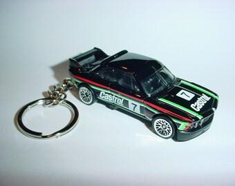 3D 1973 BMW 3.0 CSL custom keychain by Brian Thornton keyring key chain finished in black castrol racing trim