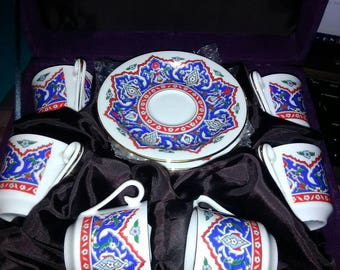 Kutahya Porselen porcelain hand made set of 6 espresso cups and saucers