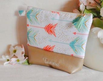 Monogram makeup bag - arrows makeup bag - bridesmaid gift - gift for daughter - gold cosmetic pouch - cute makeup bag - christmas gift