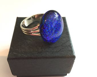 Large deep blue ring, blue sparkly dichroic glass ring
