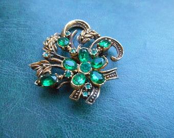 Vintage Emerald Rhinestone Brooch. Faux Emerald Brooch