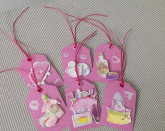 Set of 6 tags tags very girly. Lot 36.