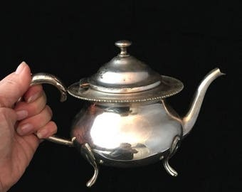 ON SALE VINTAGE  Silver Teapot Benedict Proctor silver plate teapot  ornate teapot made in Canada