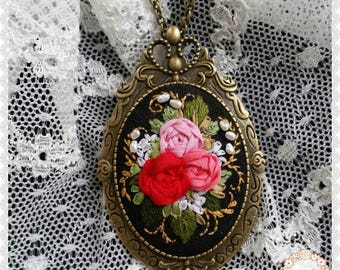 RB1 Russian beauty brooch-necklace