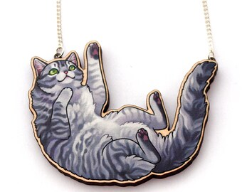 wooden playful cat necklace - Grey Tabby