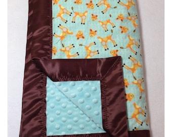 Giraffe baby blanket, receiving blanket, swaddler, flannel baby blanket, giraffe blanket, minky blanket, giraffe bedding