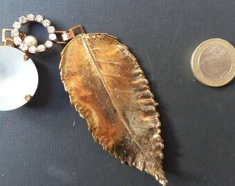 TRES JOLI MOTIF Feuille  Metal Et Perles  En 3 Pieces