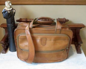 Spring Sale Hartmann Tan Belting Leather Expandable Briefcase Attache Messenger Bag Laptop and IPad Carrer - Made in USA- Very Nice