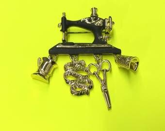Vintage 1980s Danecraft Enamel Sewing Brooch