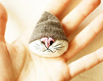 Brooch // Paper mache Cat brooch, Animal pin, Animal brooch, Cat pin, Papier mache